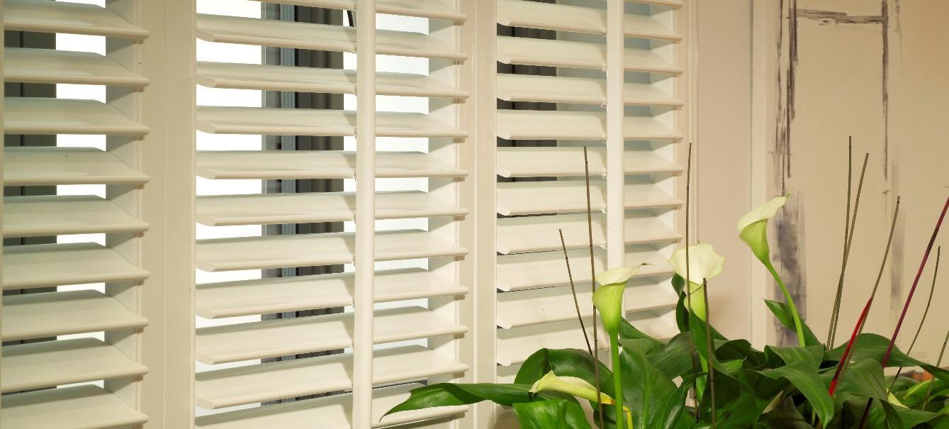 shutters with multiple tilt angles