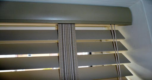 wood blinds with tapes